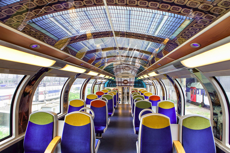 Paris: Arte en los trenes