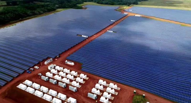 Tesla construye una granja solar en Hawaii