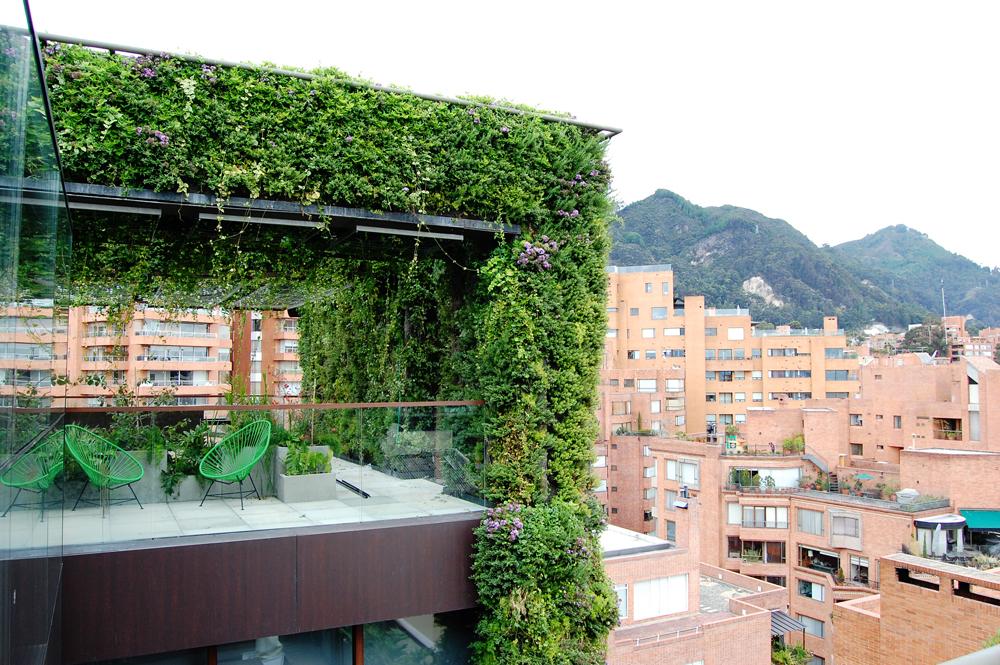 Santalaia: El jardín vertical más grande del mundo